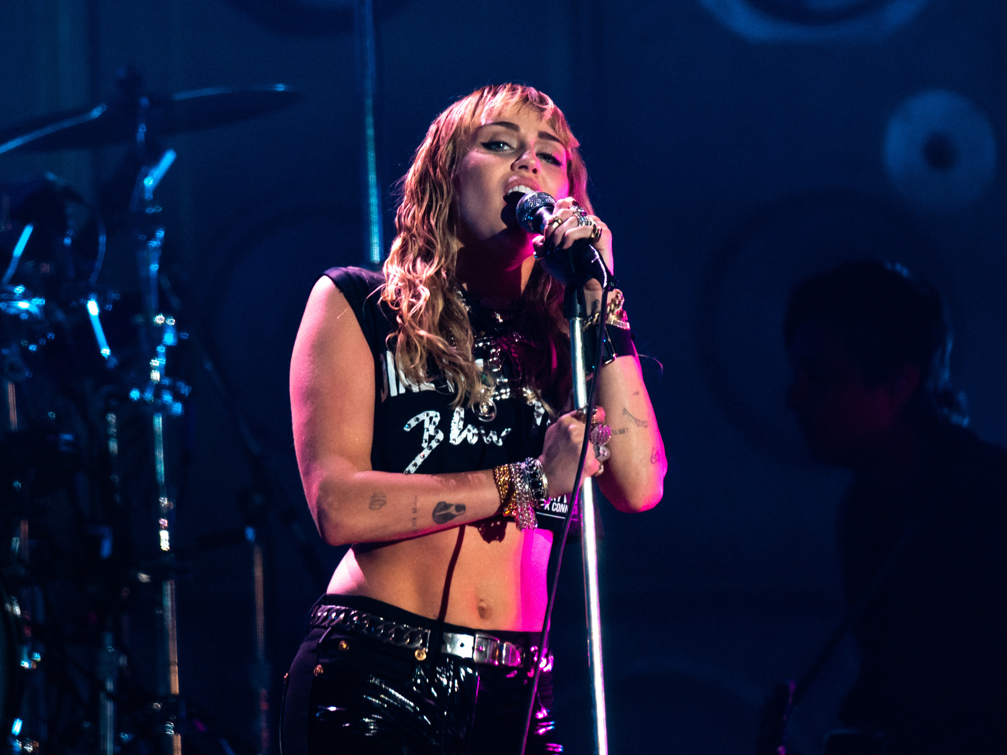 Miley Cyrus is headlining an epic charity stream