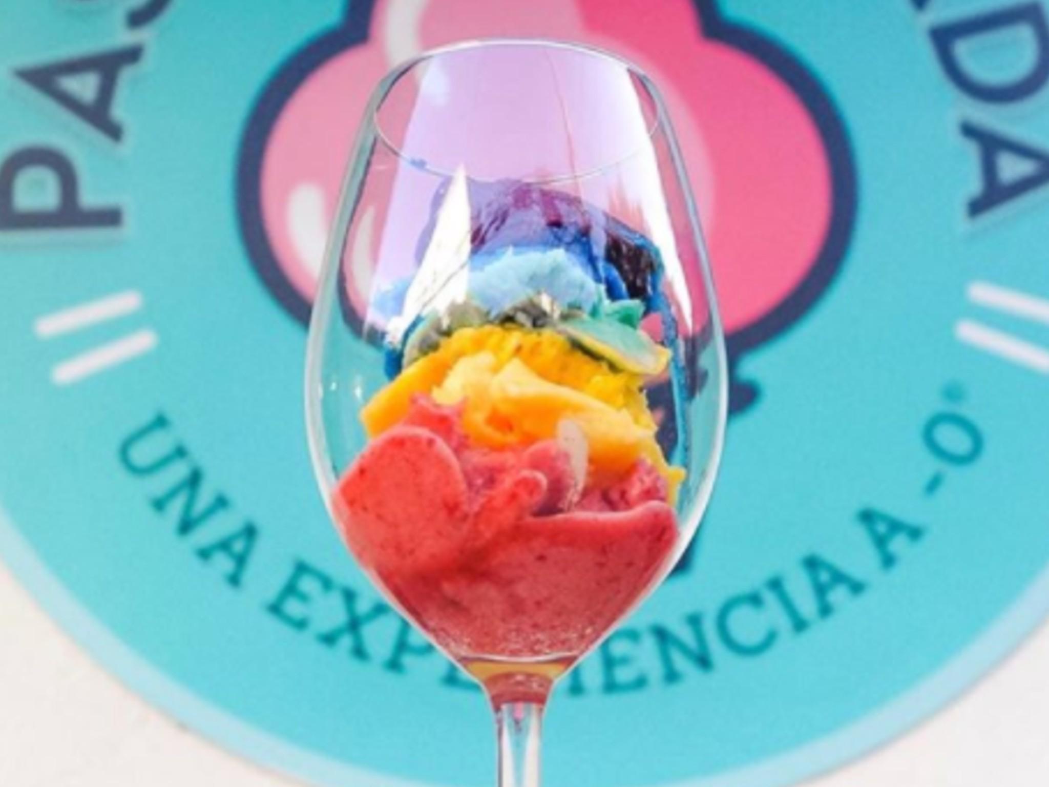 helado de arcoíris de pasión helada