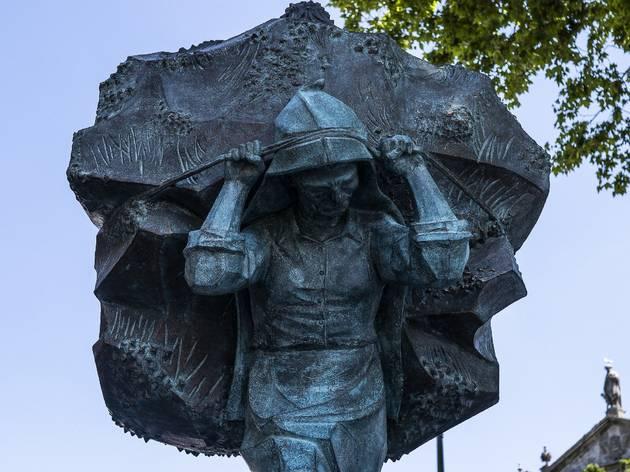 Arte, Escultura, Homenagem às Carquejeiras do Porto, Arminda Santos