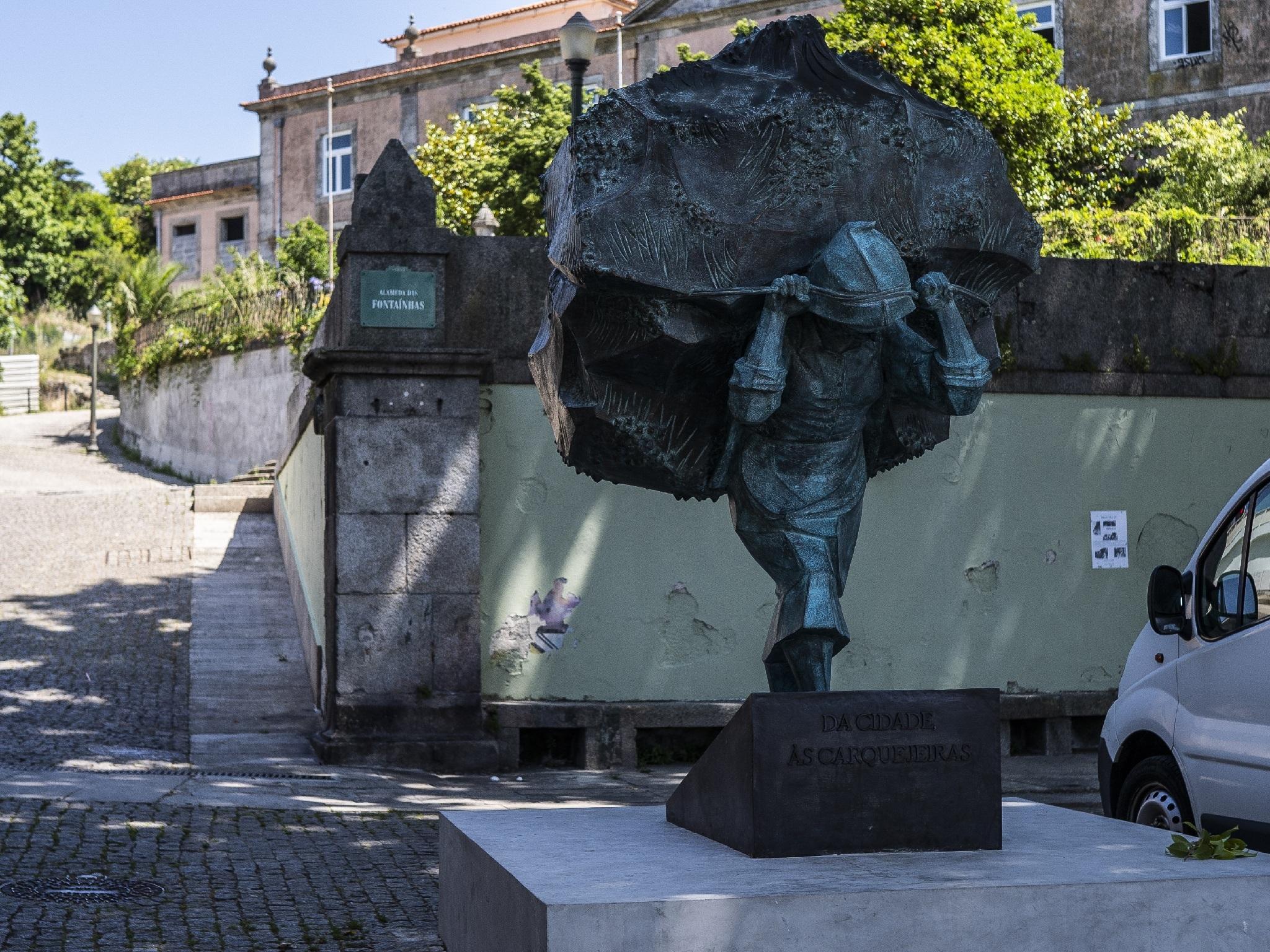 Arte, Esculturam, Homenagem às Carquejeiras do Porto, Arminda Santos