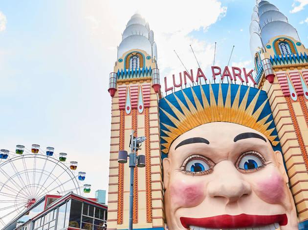 Luna Park's iconic entrance