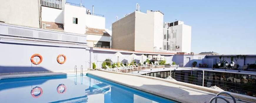 NH Collection Colón swimming pool