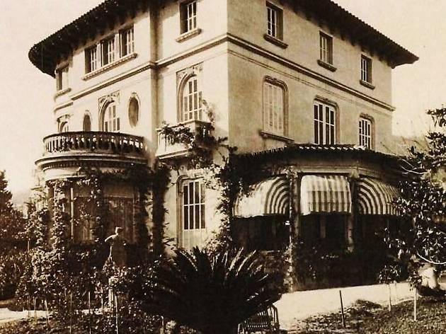 Foto histórica de la Torre Macaya