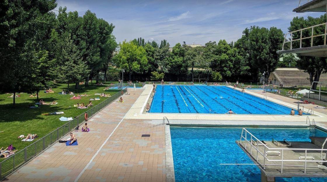 Universidad Complutense de Madrid swimming pools