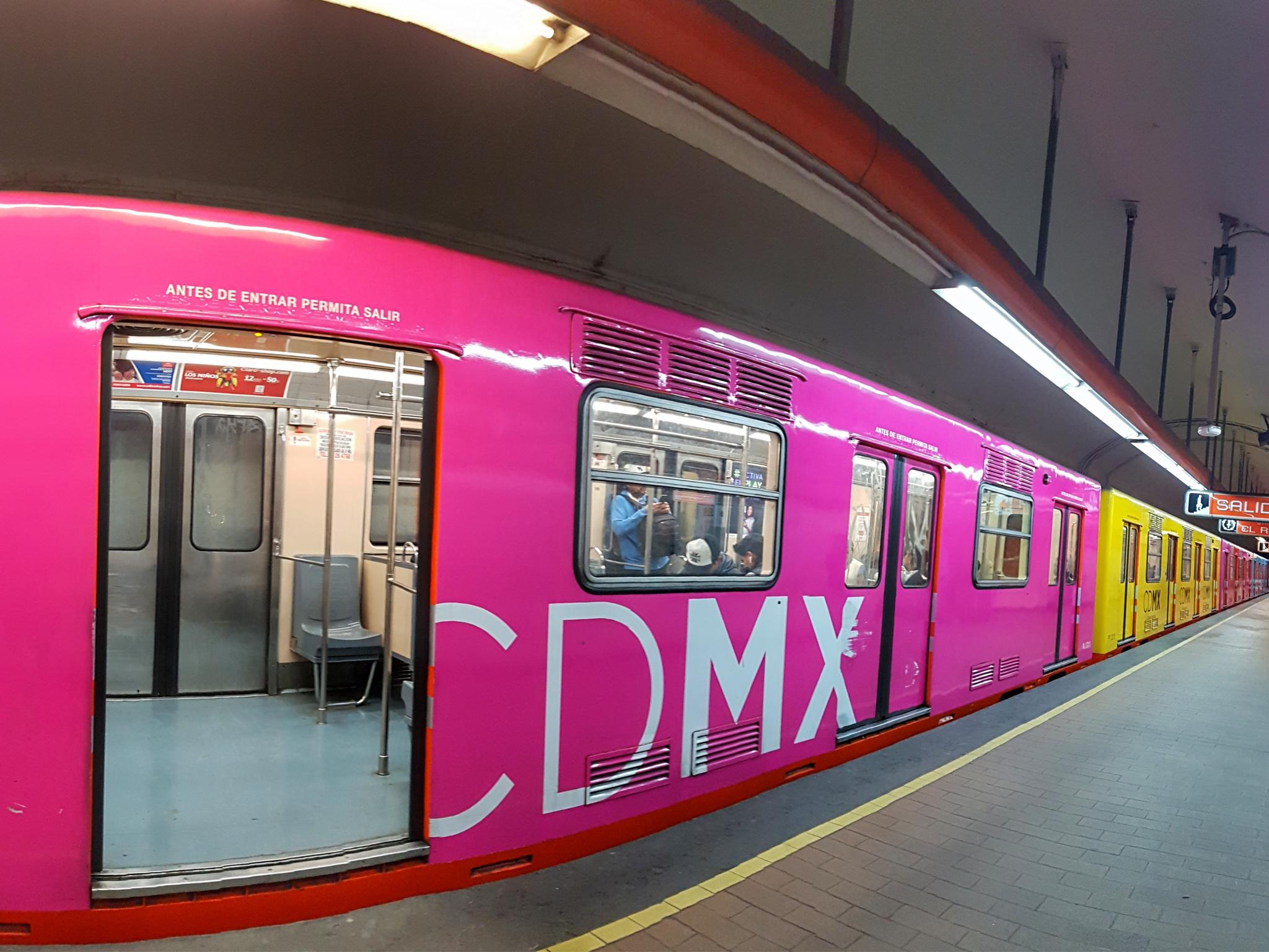 Sanitización del transporte público en la CDMX