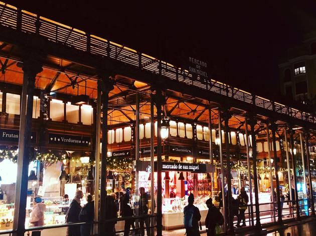 mercado de san miguel de noche