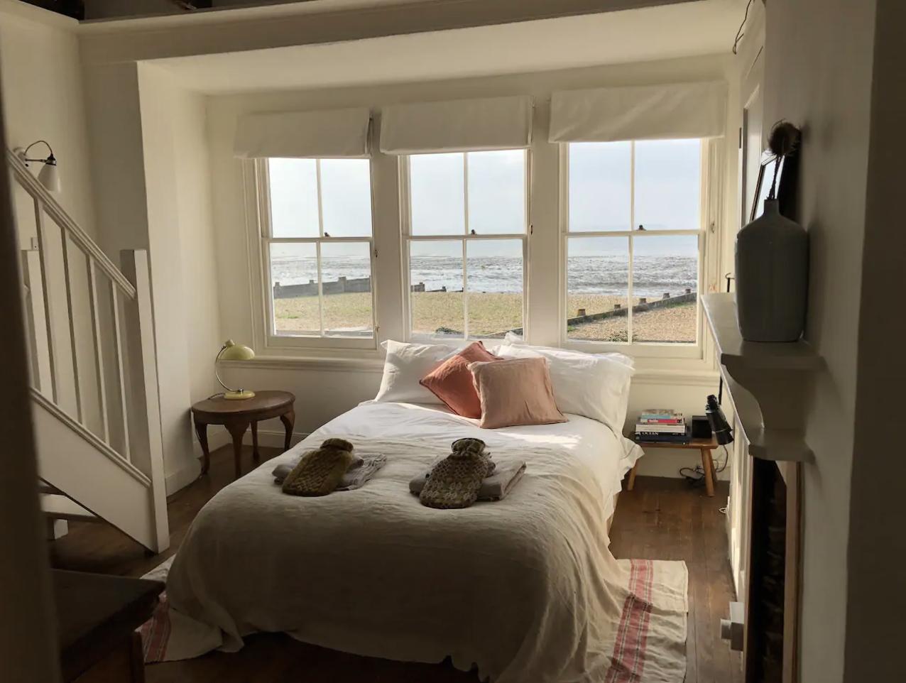 Tides Cottage, Airbnb