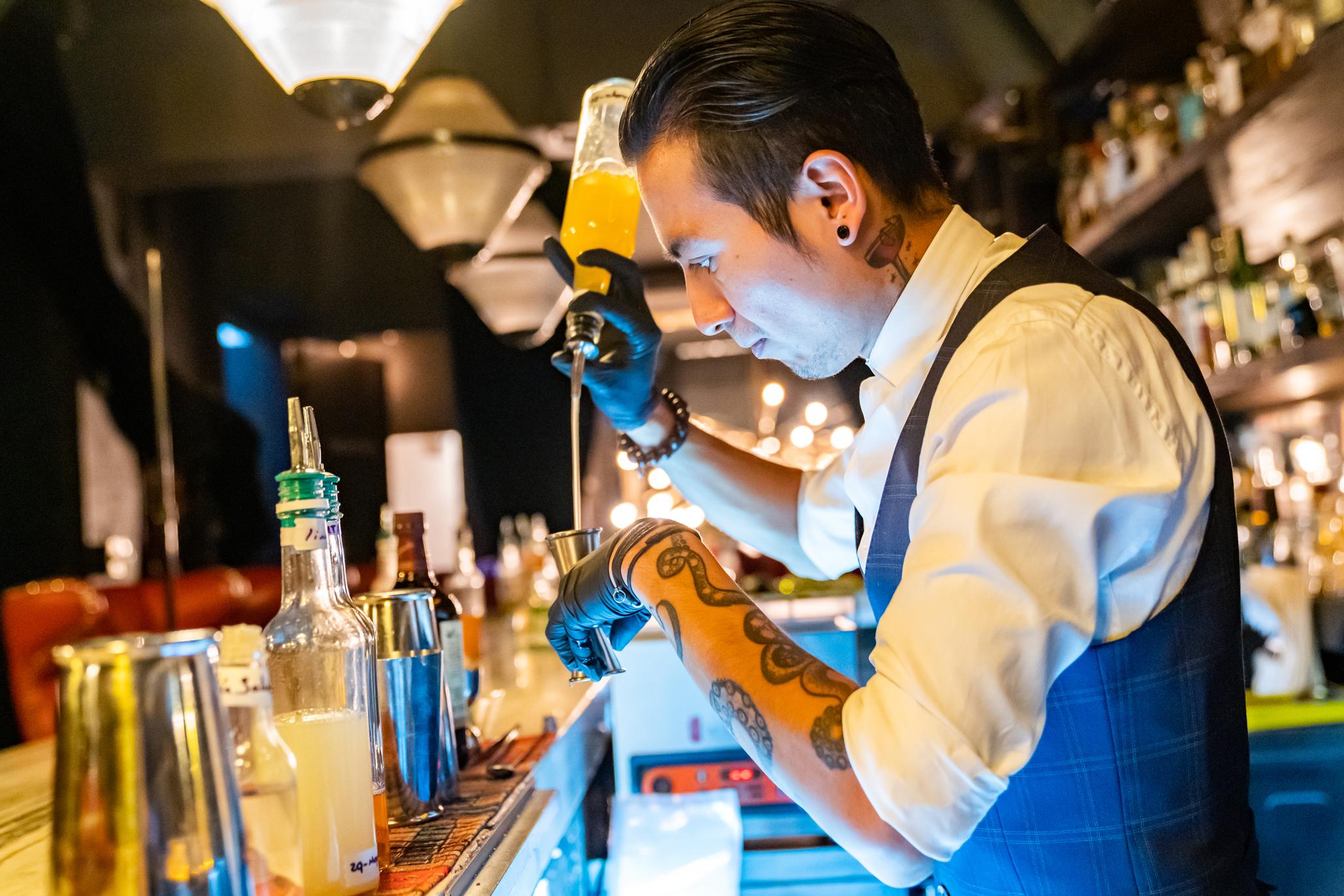 El nuevo lado de la barra: qué pasa con la reapertura de bares en la CDMX