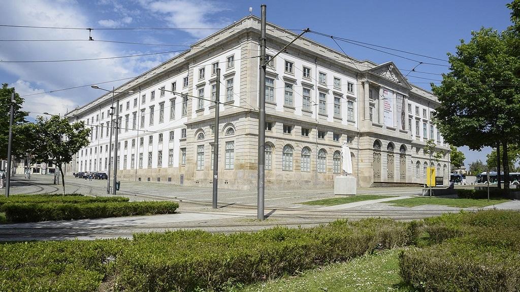 Museu de História Natural e da Ciência reduz preços e prolonga exposições