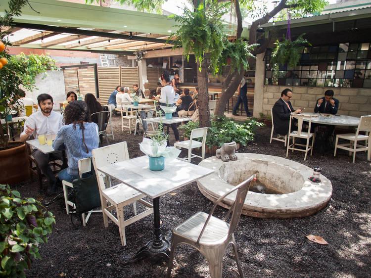 Dónde desayunar, comer y cenar en Santa María la Ribera