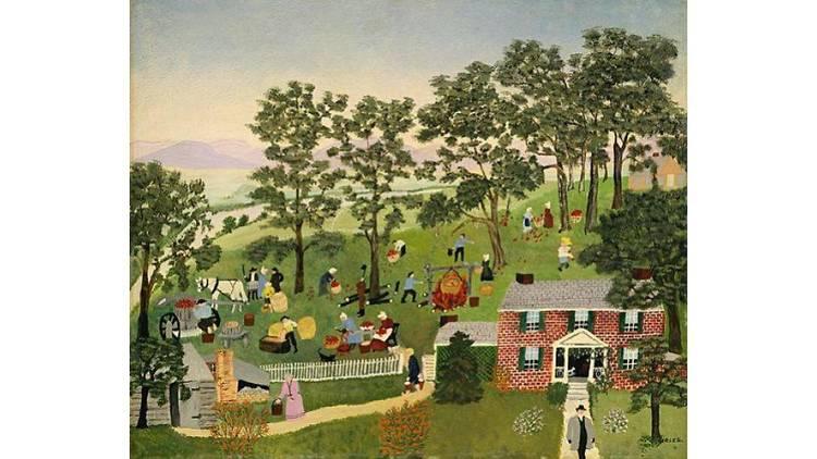 """アンナ・メアリー・ロバートソン・""""グランマ""""・モーゼス《アップル・バター作り》1947年 個人蔵(ギャラリー・セント・エティエンヌ、ニューヨーク寄託)2019 , Grandma Moses Properties Co., NY"""