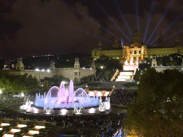 Fonts de Montjuïc de nit