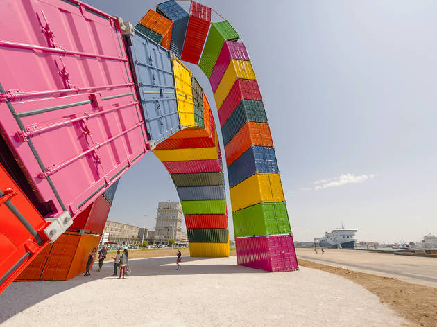 Catène de Containers - Vincent Ganivet ©Hilke Maunder - OTAH