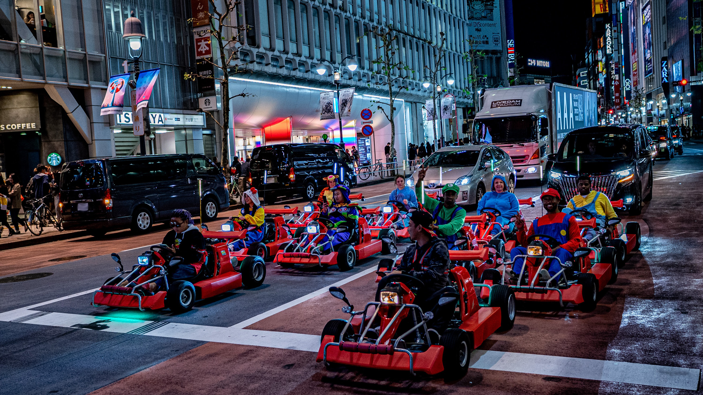 東京の街中を走るマリオカート、今後の運営は困難に