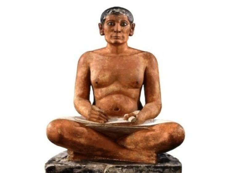 Le Scribe accroupi, Egypte, 4e ou 5e dynastie, 2600-2350 av. J.-C.