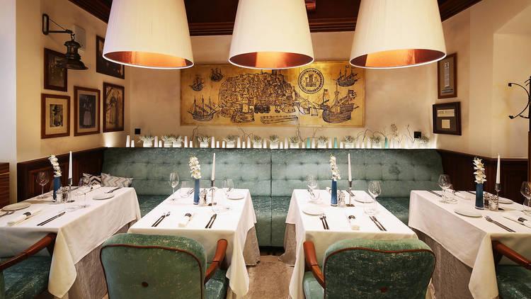Fish Restaurant Proto's interior dining area