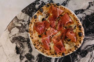 Pizza Speck from DOC