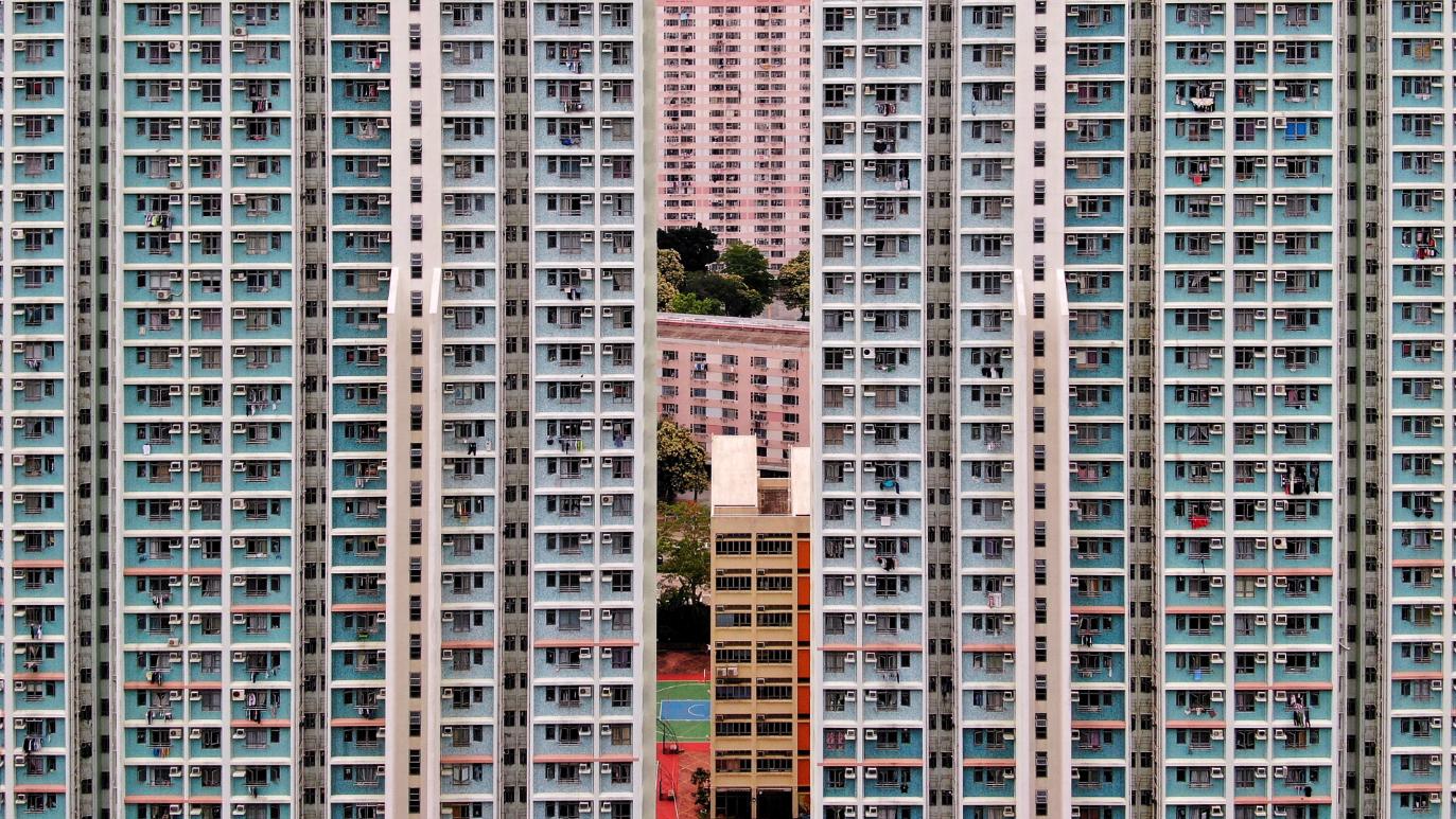 Minding the Gap by Bernie Ng/Beyond Visuals