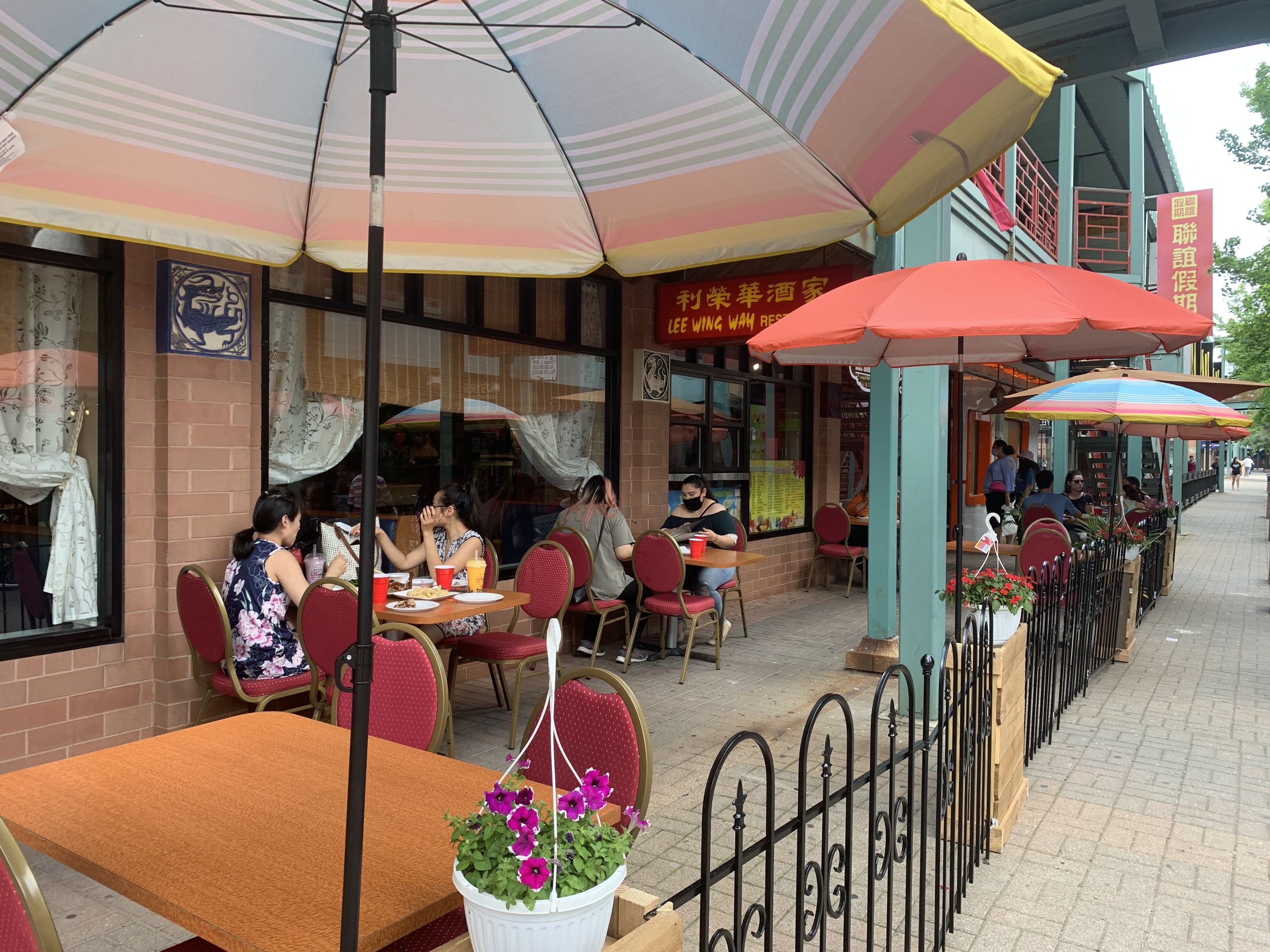 Chinatown Square, Chinatown outdoor dining, outdoor dining