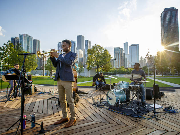 Attend free events at Navy Pier