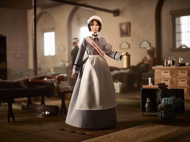 Florence Nightingale, fundadora de la enfermería moderna, forma parte de la colección de Barbie que busca inspirar a mujeres y niñas