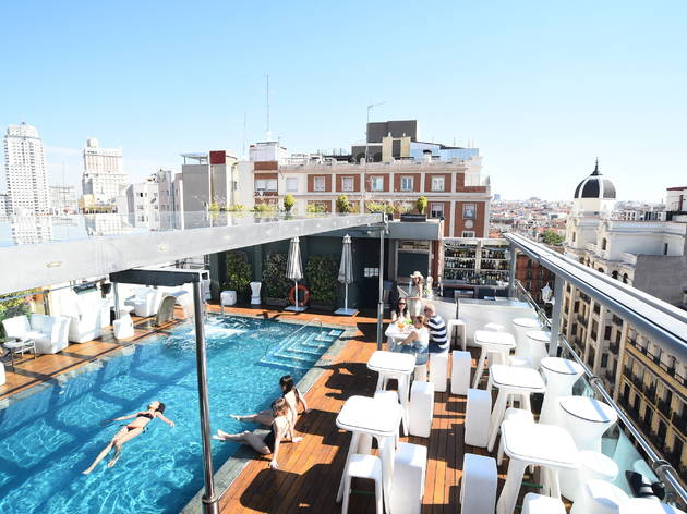 Sunset Lookers piscina hotel Santo Domingo