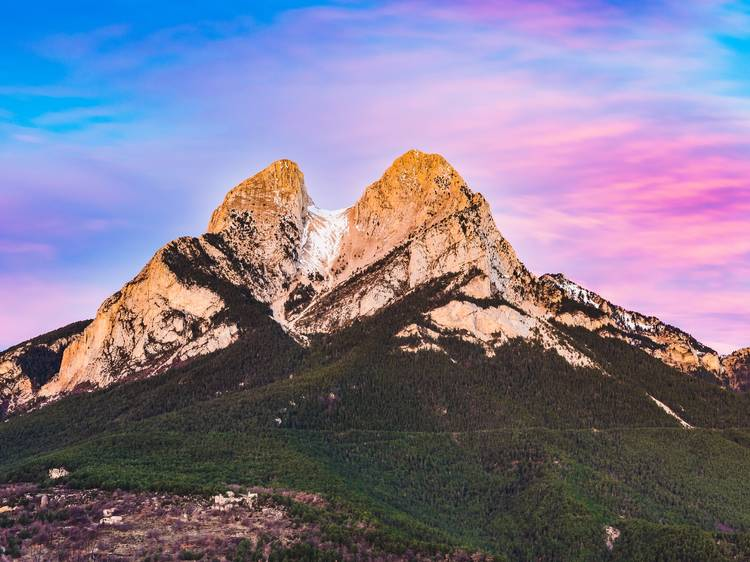 Escalad montañas