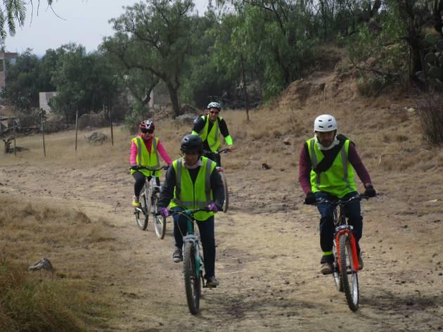 Paseos al aire libre en bicicleta por Teotihuacán