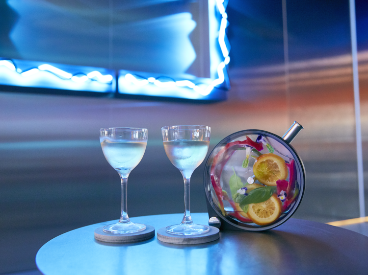 No- and low-alcohol bars