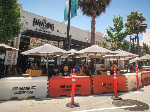 Pasadena outdoor dining
