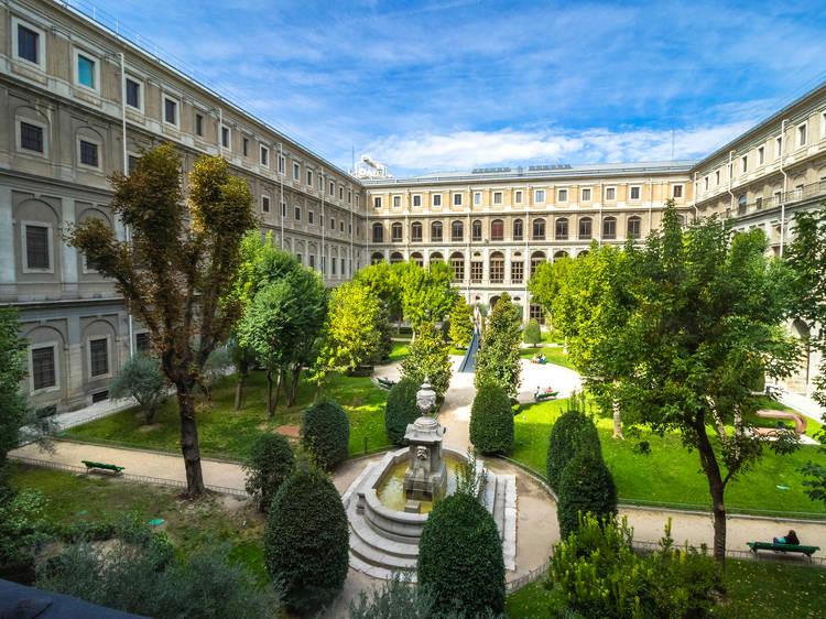 Jardines del edificio Sabatini (Museo Reina Sofía)