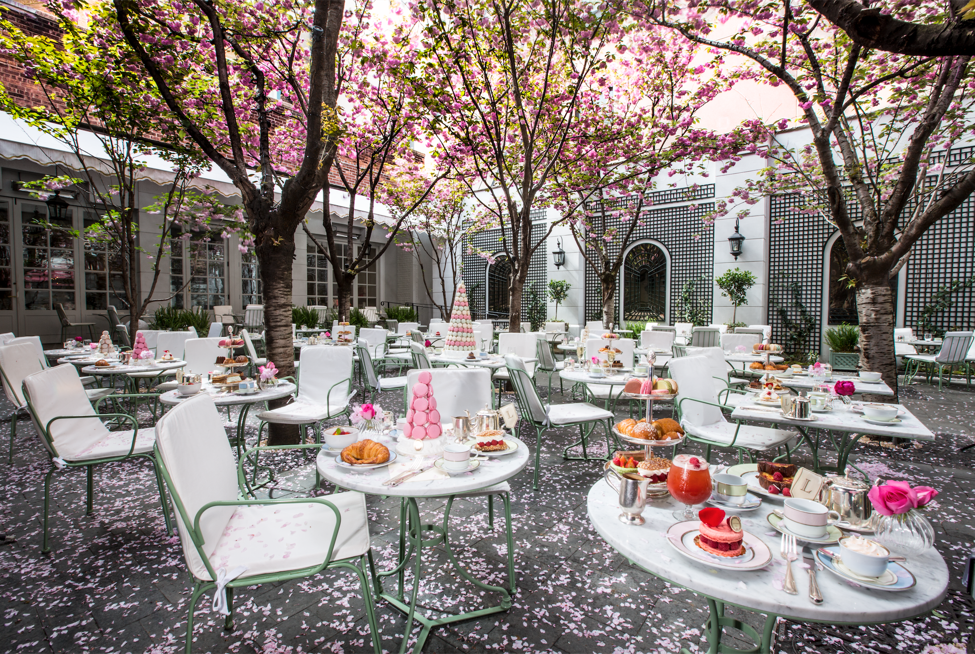 13 hidden patios, backyards and gardens for outdoor dining in NYC