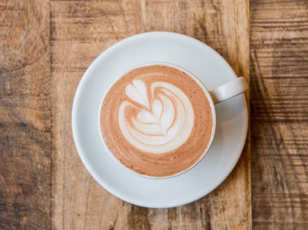coffee, latte, coffee shop, Belen Aquino, brew brew, avondale, pilsen