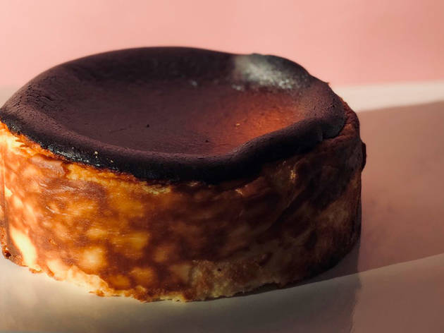 Get a freshly baked Japanese cheesecake delivered to your house