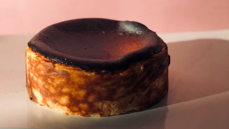 15 Centimeters Japanese cheesecake