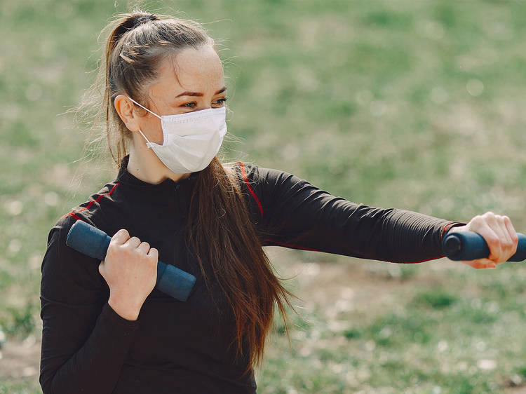 Face masks when exercising – what you need to know
