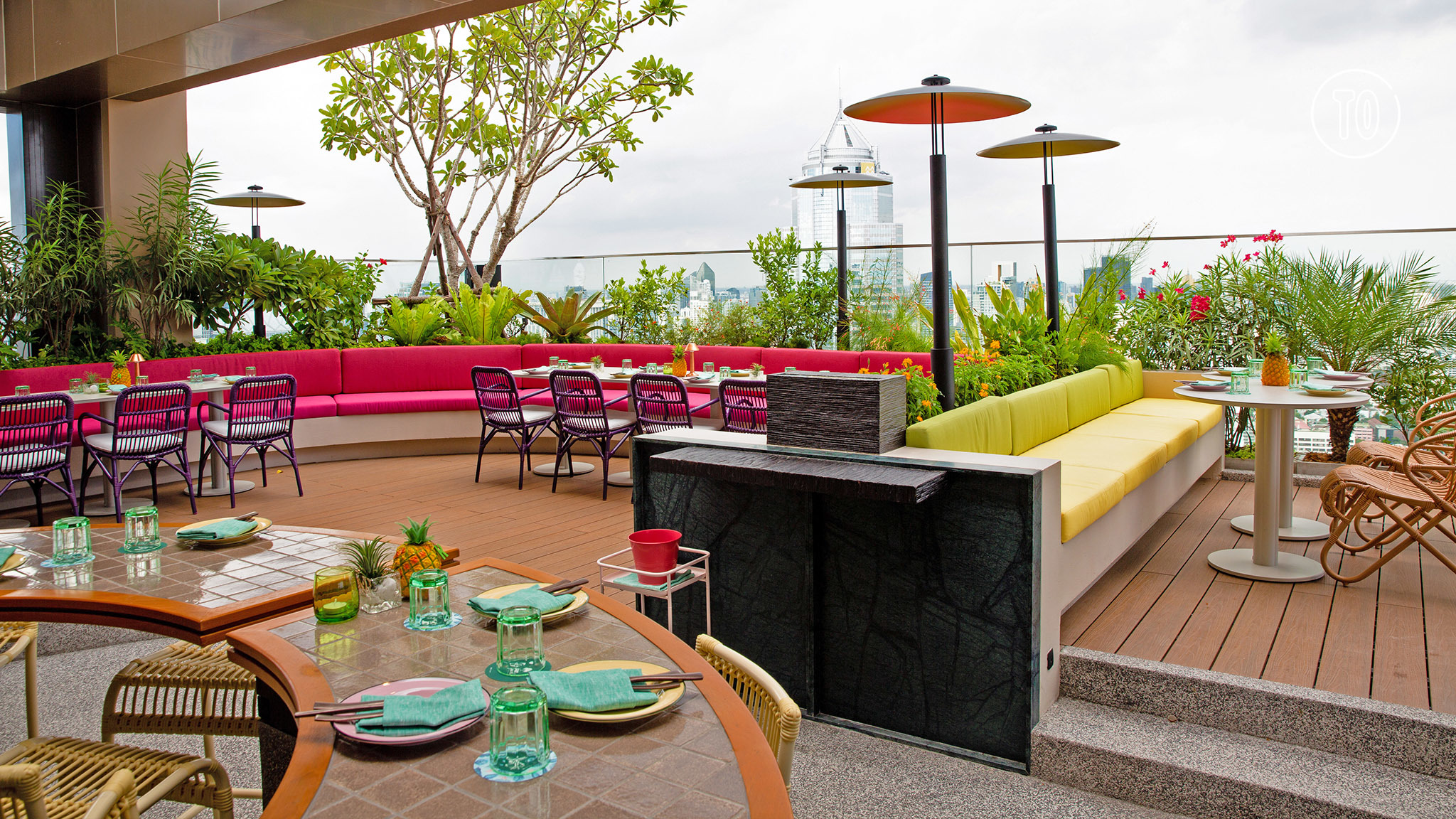 Bar.Yard rooftop restaurant and bar