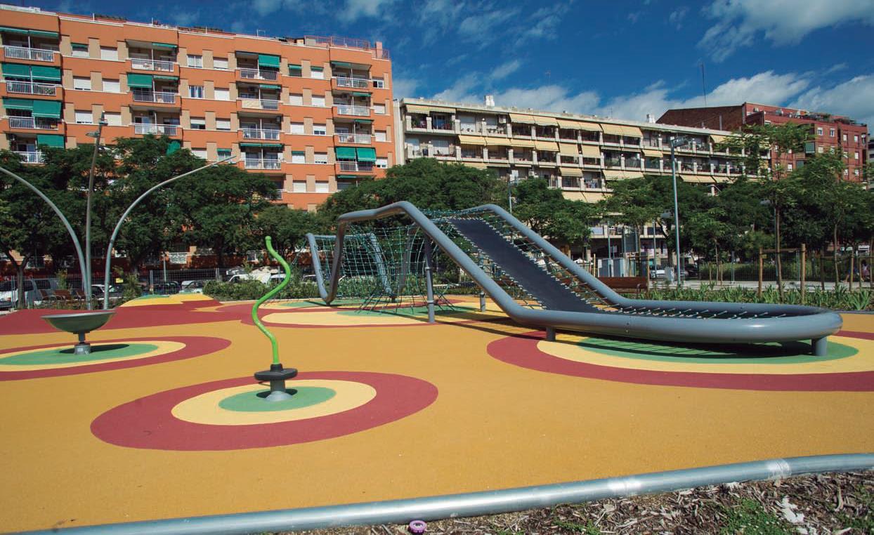 Zona de jocs infantils del parc d'Antoni Santiburcio