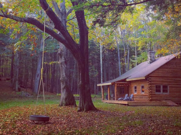 The coziest Airbnb cabins in the U.S. to get off the grid
