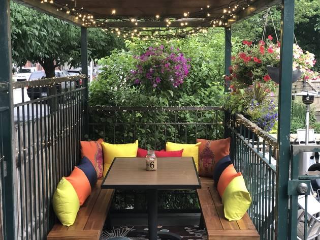 The Duck Inn patio