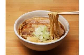 人類みな麺類 東京本店