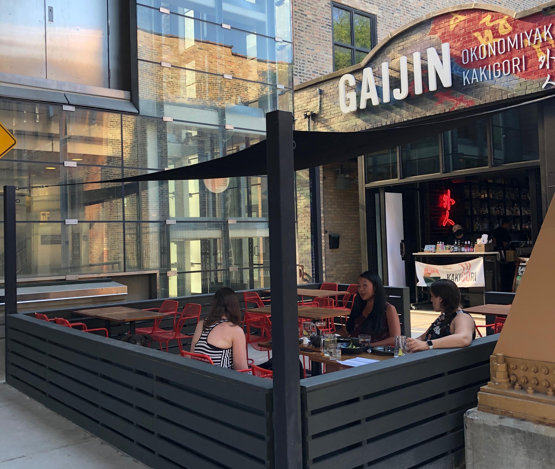 Gaijin, patio, Doan Bui