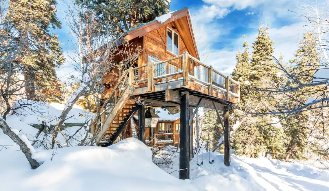 Airbnb treehouses