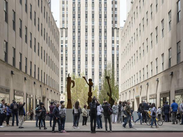 Rockefeller Center, Frieze Sculpture, Frieze New York, Ghada Amer, Beatriz Cortez, Andy Goldsworthy, Lena Henke, Camille Henrot, Thaddeus Mosley
