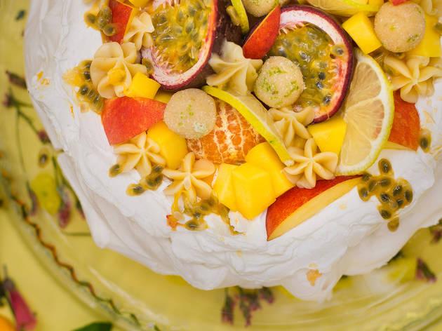 Sobremesas, Pavlova de lima e frutos amarelos, Brigadeirando
