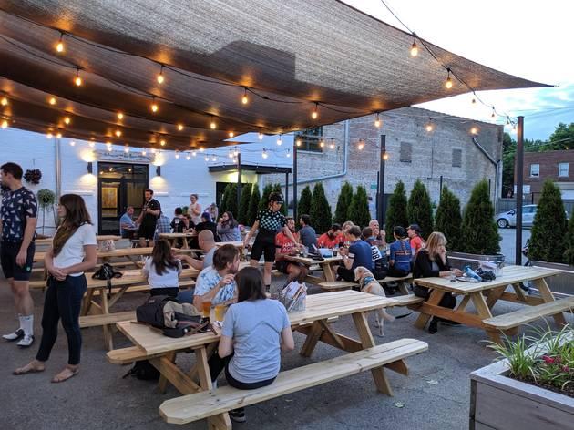 Half Acre Balmoral patio