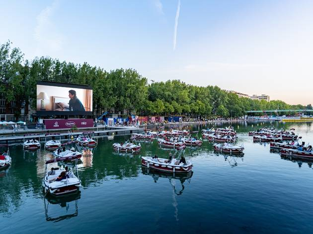 In pictures: Paris's incredible one-night-only floating cinema