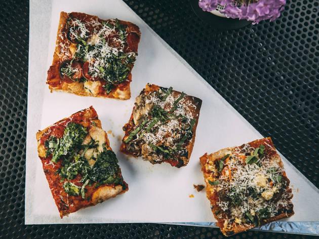 Pizza Friendly Pizza