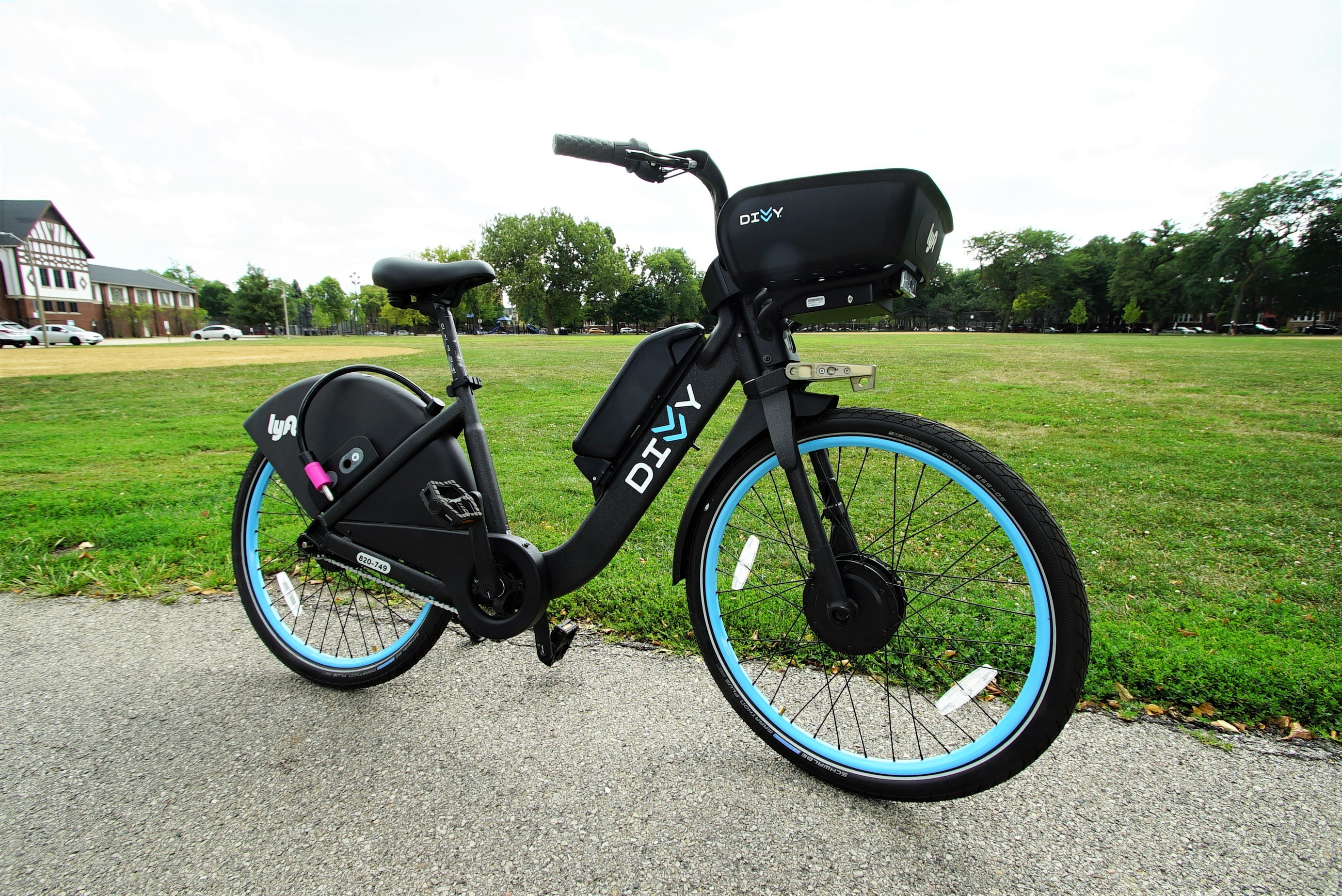 6 takeaways from our first ride on a Divvy e-bike