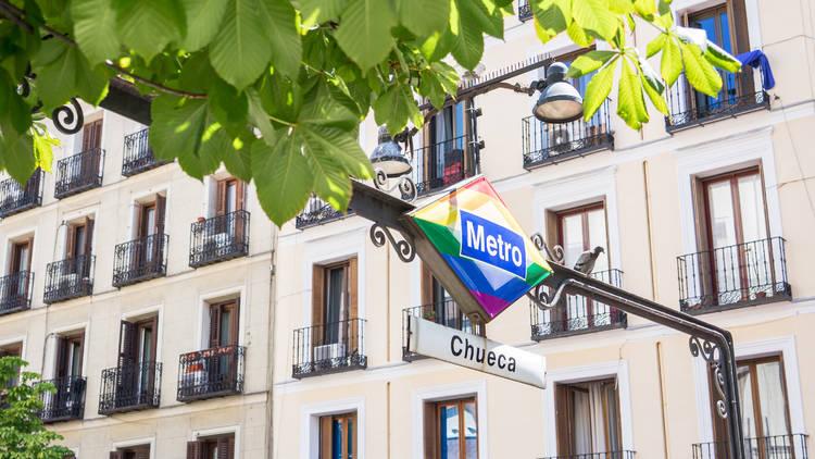Logo Metro Madrid Orgullo LGBTI